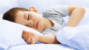 sovande pojke