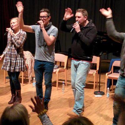 Club For Five laulamassa Lahden Musiikkiopistolla kuorotapahtumassa