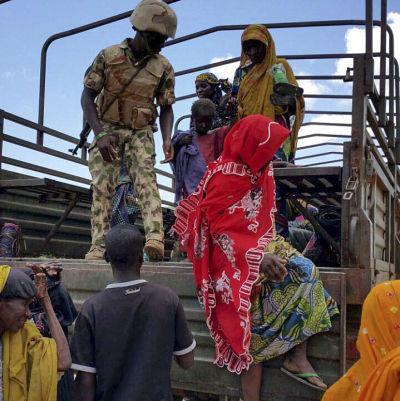 Den nigerianska armén fritog i juli 2015 178 personer som hölls som gisslan av terroristgruppen Boko Haram.