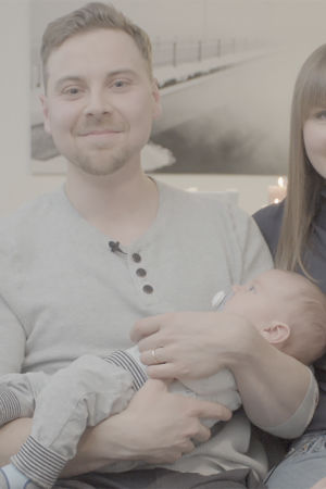 Mäkelän perheen esikoinen syntyi Oulussa Elossa 24h kuvauspäivänä.