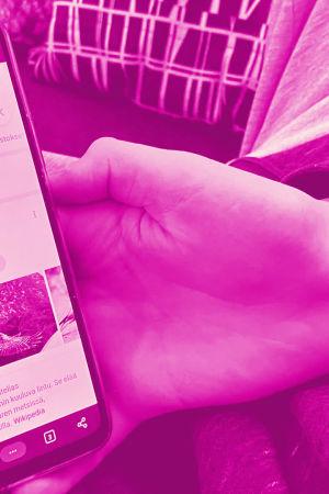 Tekstit: Google-hakuvinkit, Digitreenit, yle.fi/oppiminen. Kuvassa Googlen haku auki tietokoneella.