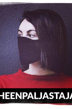 Kuvituskuva maskia pitävästä naisesta