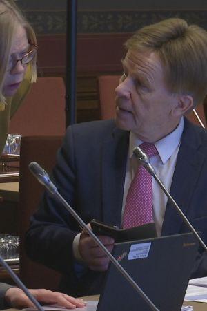 Mauri Pekkarinen vetää parlamentaarista yritystukiryhmää.