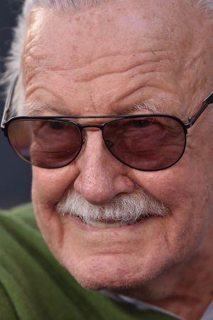 Sarjakuvataiteilija, käsikirjoittaja Stan Lee.