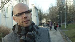 Professori Jussi Tapani