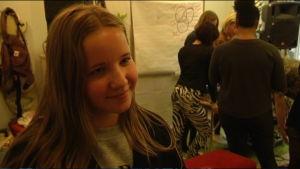 Ronja Jakobson deltar i DJ-kursen