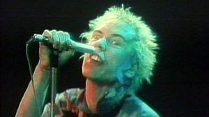 Johnny Rotten tulkitsee herkästi. Esitys nähtiin vuoden 1982 Iltatähdessä.