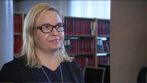 Specialforskare Anna Pärnänen vid Statistikcentralen.
