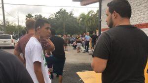 Människor hamstrar inför orkanen Irma i Florida