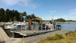 Arbetsbåten vid Kristinestads segelförening sommaren 2014.