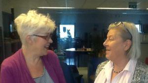Monica Halinen och Clara Wickström