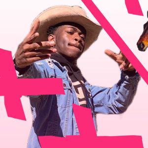 Lil Nas X promokuva ja Old Town Road -levykansi, jossa on kaksi hevosta.