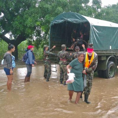 Ihmisia evakuoidaan hirmumyrky Iotan tieltä Nicaraguassa