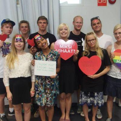 Personerna bakom organisationen Ungdom Mot Rasism i Finland.