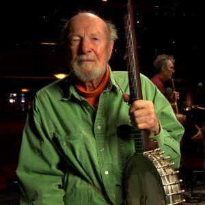 Pete Seeger dokumentissa Greenwich Village ja muutoksen musiikki.