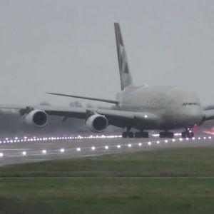 Flygplan, storm, Heathrow