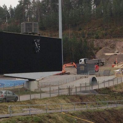 Lahden Urheilukeskuksen remonttia