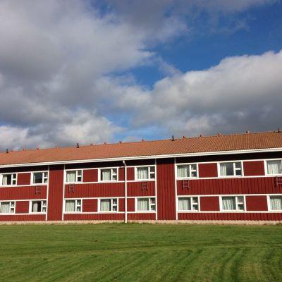 Koivikkolaan tulee tilat vajaalle 300 turvapaikanhakijalle.