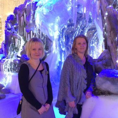 Elina Viinikka (vasemmalla) ja Marika Rissa.