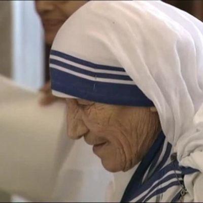 Uutisvideot: Äiti Teresa julistetaan pyhimykseksi syksyllä