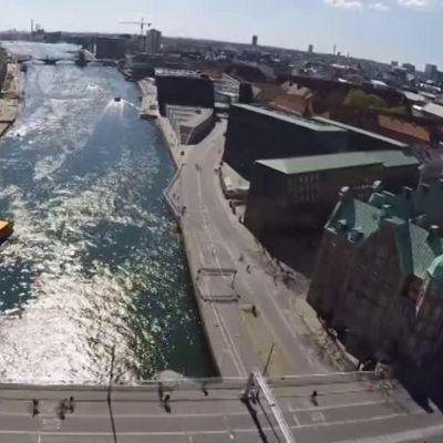 Uutisvideot: Pyöräilijät juhlivat Kööpenhaminassa uutta rantareittiä