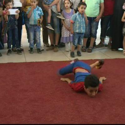 Uutisvideot: Gazan hämähäkkipoika