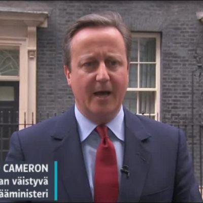 Uutisvideot: Hyräilevä Cameron herättää kysymyksiä