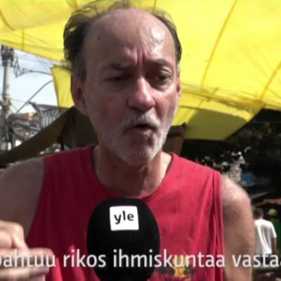 Uutisvideot: Mitä Complexo de Alemão-favelan asukkaat ajattelevat poliisista ja rauhoitusohjelmasta?