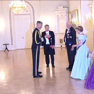 Uutisvideot: Presidenttipari tarjosi kuningasparille illallisen presidentinlinnassa