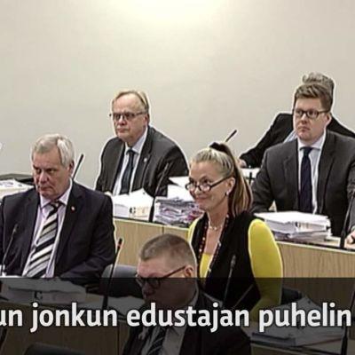 Uutisvideot: Kanerva rikkoi täysistunnon ehdotonta sääntöä – joutuu tarjoamaan kahvit