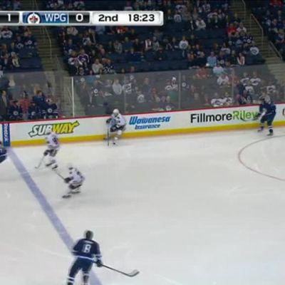 NHL: Laine ja Armia syöttöpisteille Winnipegin tappiossa