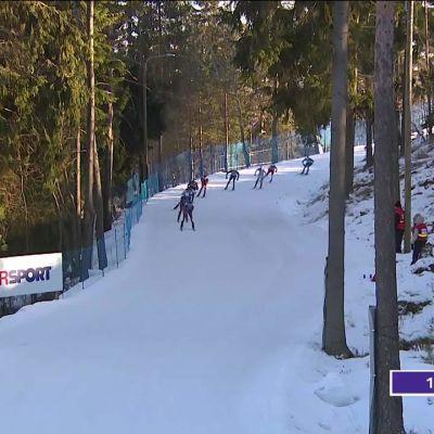 MM-Lahti, päivän tapahtumat: Heti draamaa 50 kilometrin hiihdon ensimmäisessä laskussa – katso