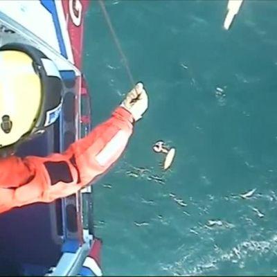 Uutisvideot: Skottisurffari ajelehti hyisellä merellä yli 30 tuntia