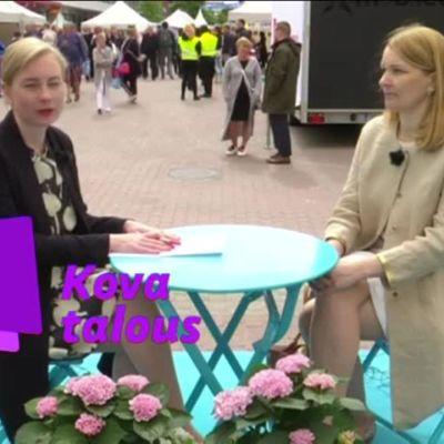 Uutisvideot: Mitä Suomen pitäisi OECD:n mielestä tehdä talouden vauhdittamiseksi? Apulaispääsihteeri Mari Kiviniemi Kovan talouden haastattelussa