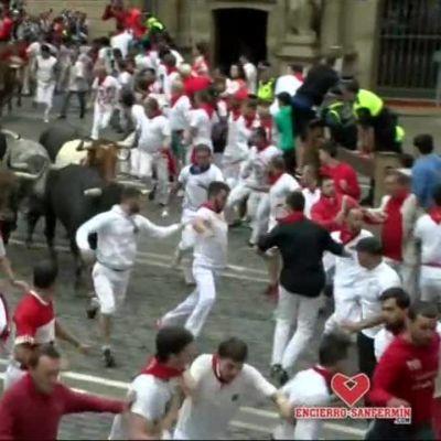 Uutisvideot: Härät juoksivat taas Pamplonan kaduilla, useita loukkaantunut