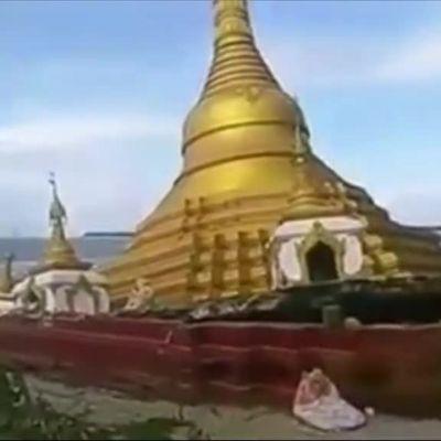 Uutisvideot: Temppeli suistui tulvivaan jokeen Myanmarissa