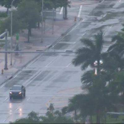 Uutisvideot: Hurrikaani Irma etenee Floridaan
