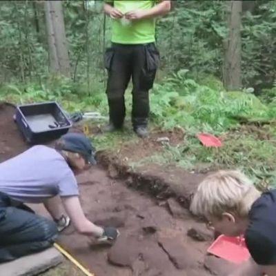 Yle Uutiset Häme: Lopelta löytyi viikinkiaikainen miekka