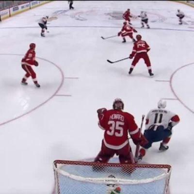 NHL: Barkov palasi tehokkaana kaukaloon