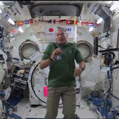 Uutisvideot: Joulumuistoja avaruudesta