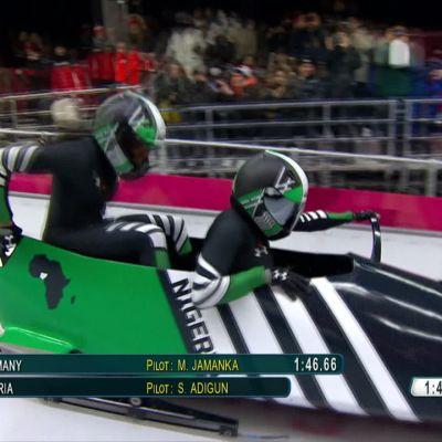 Korean olympialaiset: Nigerialaiskelkkailijoiden kolmas lasku