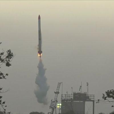 Japanilaisyrityksen raketti räjähti vain sekunteja laukaisun jälkeen