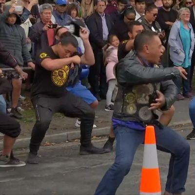Christchurchissä on esitetty maorien sotatanssia uhrien muistoksi