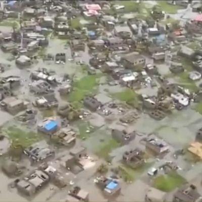 Ilmakuvaa Mosambikin Beiran kaupungista hirmumyrskyn jälkeen