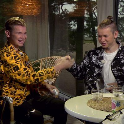 Norjalainen teinitähtiduo Marcus & Martinus vieraili Ylen aamu-tv:ssä