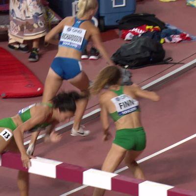 Camilla Richardsson kompuroi 3000 metrin esteissä