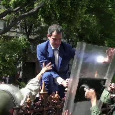 Turvallisuusjoukot estivät kansanedustajia pääsemästä parlamenttiin Venezuelassa