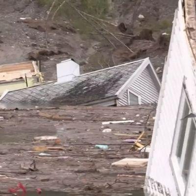 Massiivinen maanvyöry tuuppasi taloja Norjassa mereen – Katso video