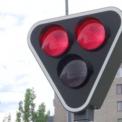 Näin toimivat ratikan valot