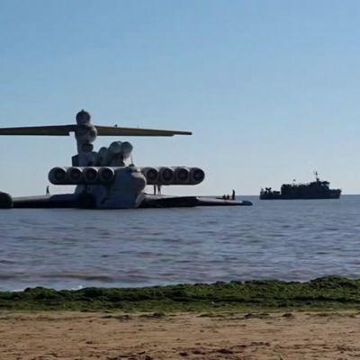 Kaspianmeren hirviö hinataan museoon